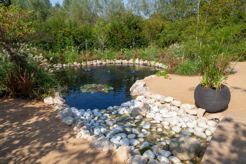 bassin-agrements-loisirs-espaces-verts-produit-d-etancheite-pour-bassin